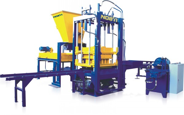 QT3-30 BLOCK MAKING MACHINE