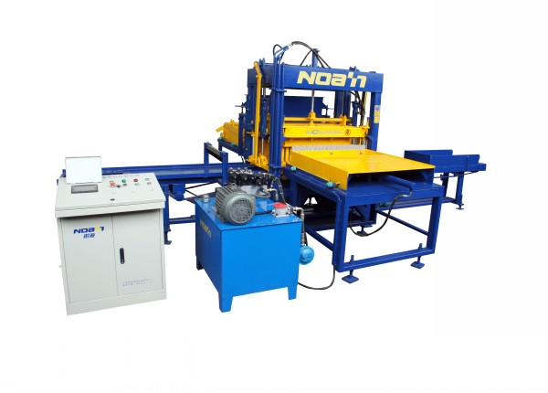 QFT5-15 BLOCK MAKING MACHINE